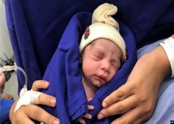 أول ولادة من رحم امرأة متوفاة في أمريكا