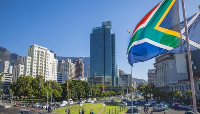 جنوب إفريقيا تعفي السعودية وقطر والإمارات من التأشيرة المسبقة
