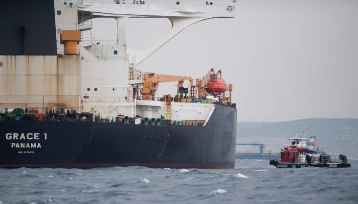 شرطة جبل طارق توقف قبطان الناقلة الإيرانية المحتجزة ومساعده