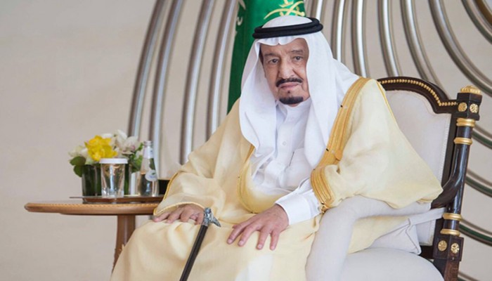 سعوديون يمدحون صحفيا إسرائيليا دافع عن الملك سلمان