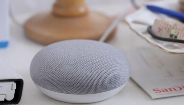 جهاز لجوجل يتنصت على مقتنيه.. والشركة: لتحسين الخدمة