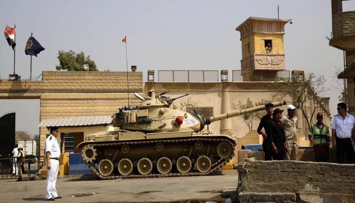 مصر.. حملة إلكترونية لكشف الانتهاكات بحق معتقلي سجن طرة