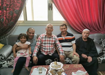 دراجي يلبي دعوة عائلة أبوتريكة لتناول الغداء بالقاهرة