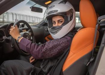 سعودية تصنع سيارة شمسية وتطمح للمشاركة بها في تحدٍ بأستراليا