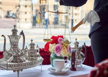 200 دولار ثمن كوب شاي في فندق بلندن