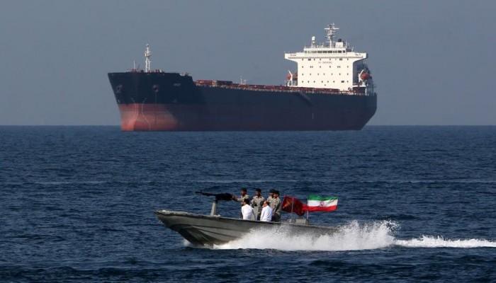 ظريف: لم أطلع على تقارير اختفاء ناقلة النفط بالخليج