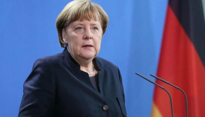 ميركل: اغتنام فرص التواصل الدبلوماسي ضروري لمنع التصعيد بالخليج