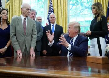 ترامب يبحث مع أعضاء بالشيوخ ملف شراء تركيا إس-400
