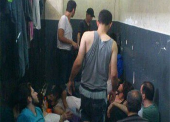 مدفونين بالحياة.. وسم يكشف مأساة المعتقلين في مصر