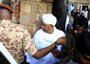النيابة السودانية تطالب بالبشير والسجن ينفي وجوده نزيلا