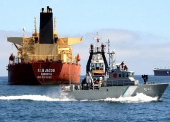 سفينة إيرانية تبحر عائدة إلى بلادها بعد إصلاحها في السعودية
