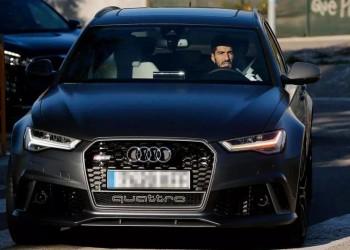لماذا تطالب شركة أودي لاعبي برشلونة بإعادة سياراتها؟