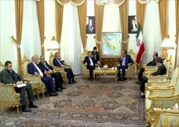 وفد رفيع من حماس برئاسة العاروري يصل إلى طهران