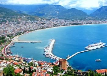 7 ملايين سائح أجنبي يزورون أنطاليا التركية منذ بداية 2019