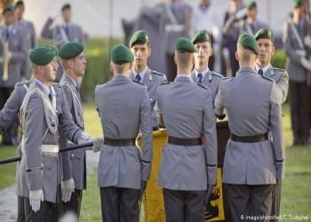 الجيش الألماني يستبعد من صفوفه عناصر متطرفة
