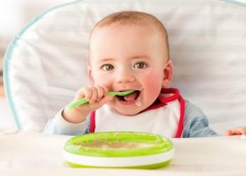 الصحة العالمية تحذر من مستويات سكر مقلقة في أغذية الرضع