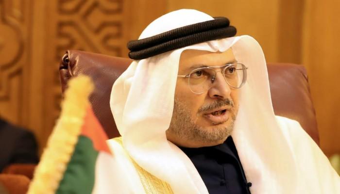 قرقاش نافيا انسحاب الإمارات من اليمن: نعيد الانتشار