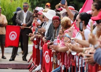 حضور بارز للنساء التونسيات في تشييع السبسي لمثواه الأخير