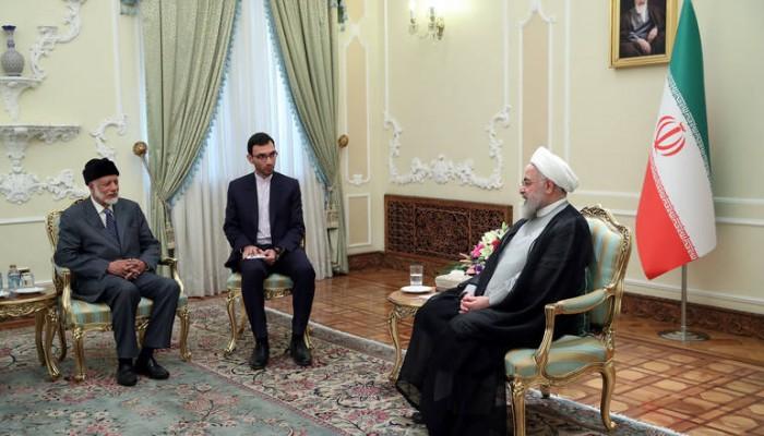 روحاني: إيران وعمان مسؤولتان عن أمن مضيق هرمز