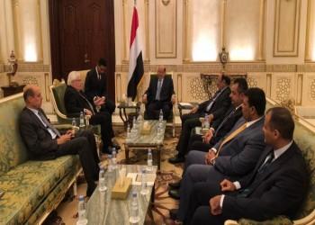 بلومبيرغ: الحكومة اليمنية قلقة من انسحاب الإمارات