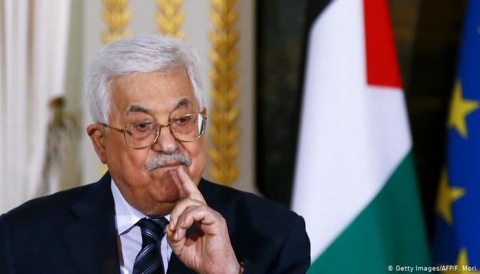 عباس يرفض حديث صحيفة إسرائيلية عن توتر علاقته بالسعودية