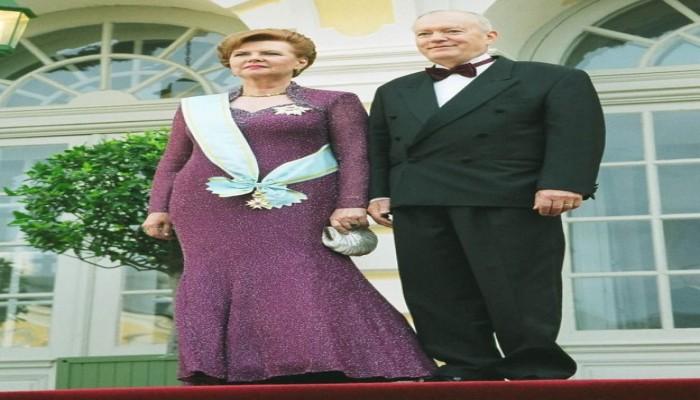 نساء صنعن التاريخ.. منفى 50 عاما ثم رئيسة للاتفيا