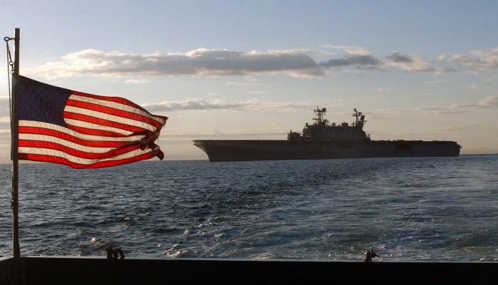 أمريكا تطالب سفنها التجارية بإخطارها بتحركاتها في الخليج