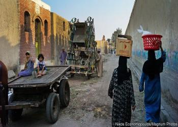 إيكونوميست: إصلاحات السيسي الاقتصادية تزيد معاناة الفقراء في مصر