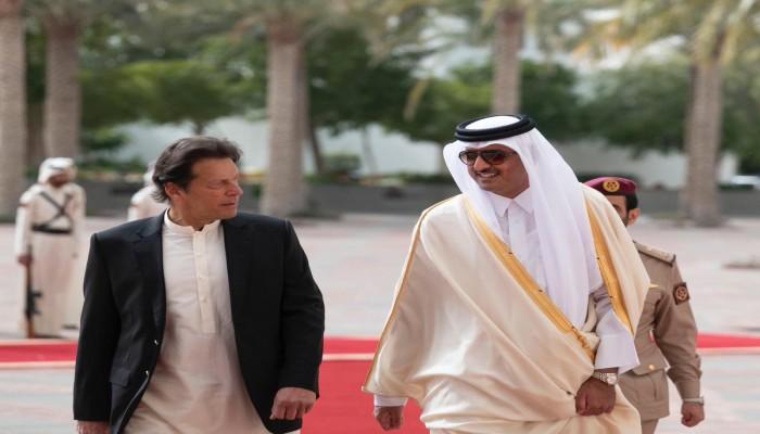 رئيس وزراء باكستان يبحث مع أمير قطر تطورات أزمة كشمير