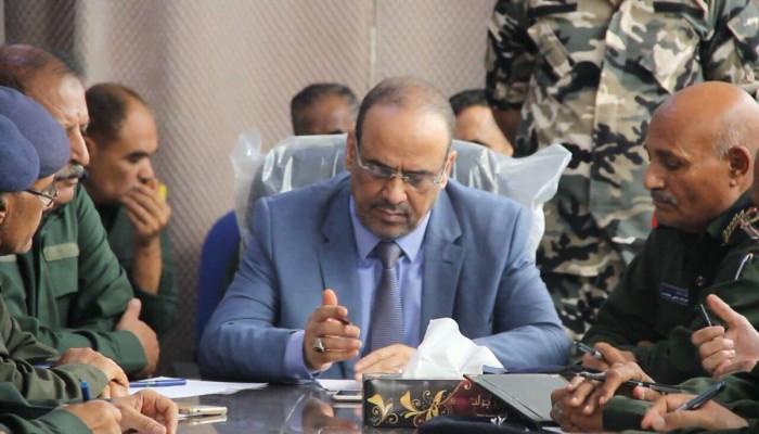 تقارير: وزيرا الداخلية والنقل اليمنيان وصلا للسعودية بطائرة عسكرية