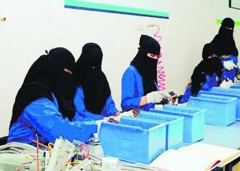 السعودية.. التحقيق في واقعة تشبيه المرأة العاملة بمن تأكل بثدييها