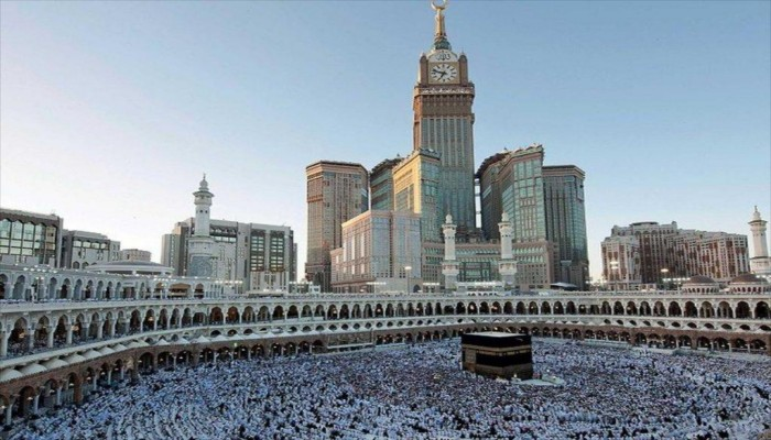 فنادق مكة الفخمة تجذب أثرياء الحجاج بإطلالاتها على الكعبة