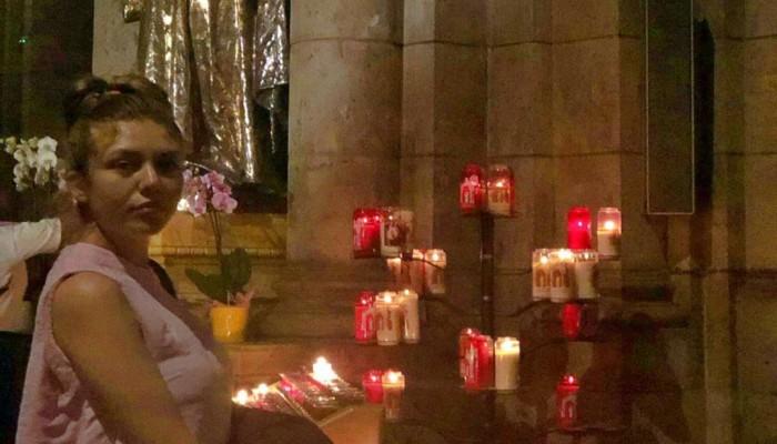 جدل في مصر بسبب ممثلة أدت طقوسا مسيحية بالكنيسة