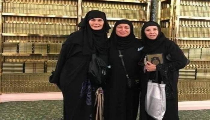 يسرا تنفي إخلاء الروضة لها وتشيد بالأمن السعودي
