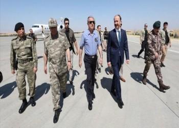 وزير الدفاع التركي يتفقد مركز عمليات المنطقة الآمنة شمالي سوريا