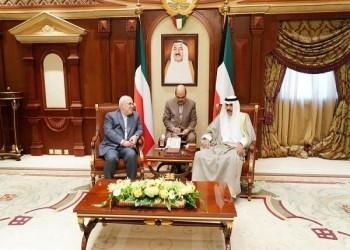 ظريف للكويتيين: نحن أهل الخليج باقون والأجانب سيرحلون
