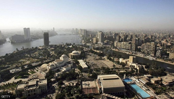 السيسي يكلف الحكومة بإخلاء القاهرة من الوزارات في 2020