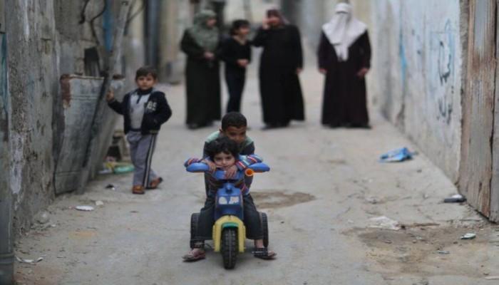 يديعوت أحرونوت: إسرائيل تشجع الفلسطينيين على الهجرة من غزة