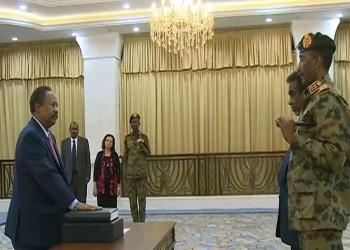 رئيس وزراء قطر يهاتف نظيره السوداني بعد أدائه القسم