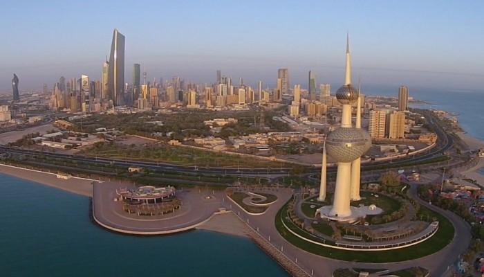 الكويت تعتزم رفع الرسوم على الوافدين