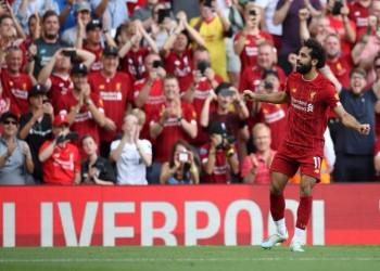 كيف تغنت الصحافة الإنجليزية بتألق صلاح أمام آرسنال؟