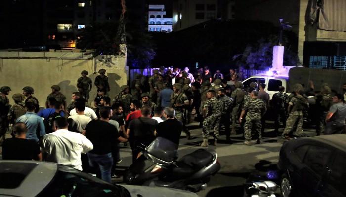 طائرة إسرائيلية ملغمة ألحقت أضرارا بمركز حزب الله الإعلامي (صور)