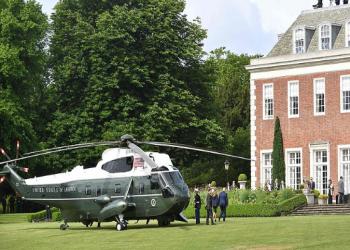 ملكة بريطانيا تشكو ترامب: طائراته دمرت مروجي