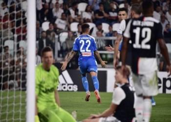 أهداف غزيرة.. يوفنتوس يحقق فوزاً قاتلاً على نابولي بالدوري الإيطالي
