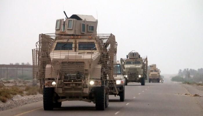 مدرعات إماراتية تصل إلى عدن والجيش اليمني ينقل دبابات