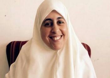 مصر.. أنباء عن نقل عائشة الشاطر إلى مستشفى السجن