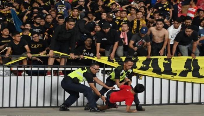 أحداث مؤسفة بمواجهة ماليزيا وإندونيسيا في التصفيات الآسيوية