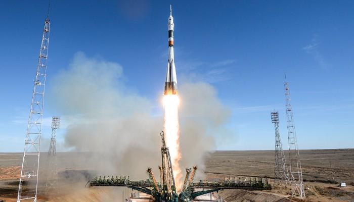 الهند تفقد الاتصال بمركبة فضاء أرسلتها للقمر