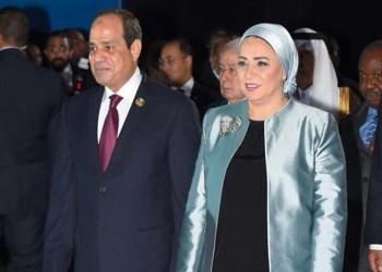 انتصار بتحكم.. وسم ينتقد نفوذ زوجة السيسي وفساد نظامه