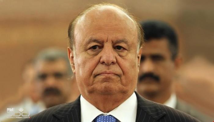 دبلوماسي يمني سابق: هادي رهن الإقامة الجبرية بالسعودية